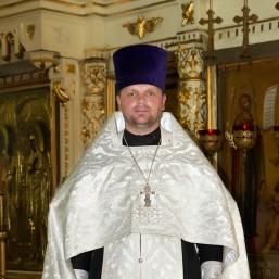 Священник, Николай Викторович Щеглов